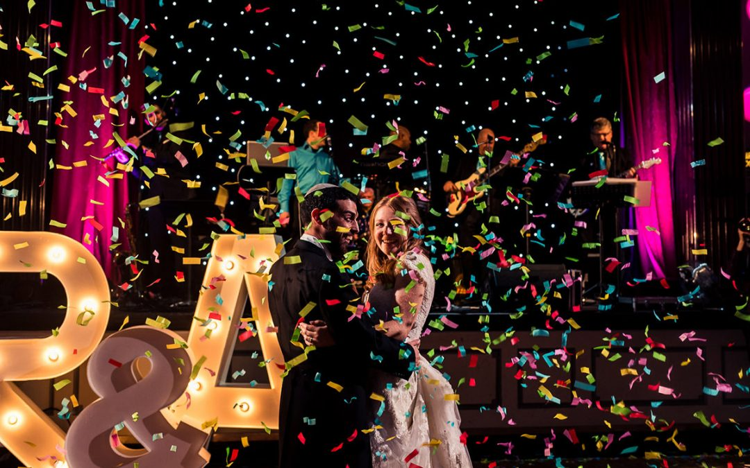A vibrant Jewish wedding at London's Bloomsbury Ballroom