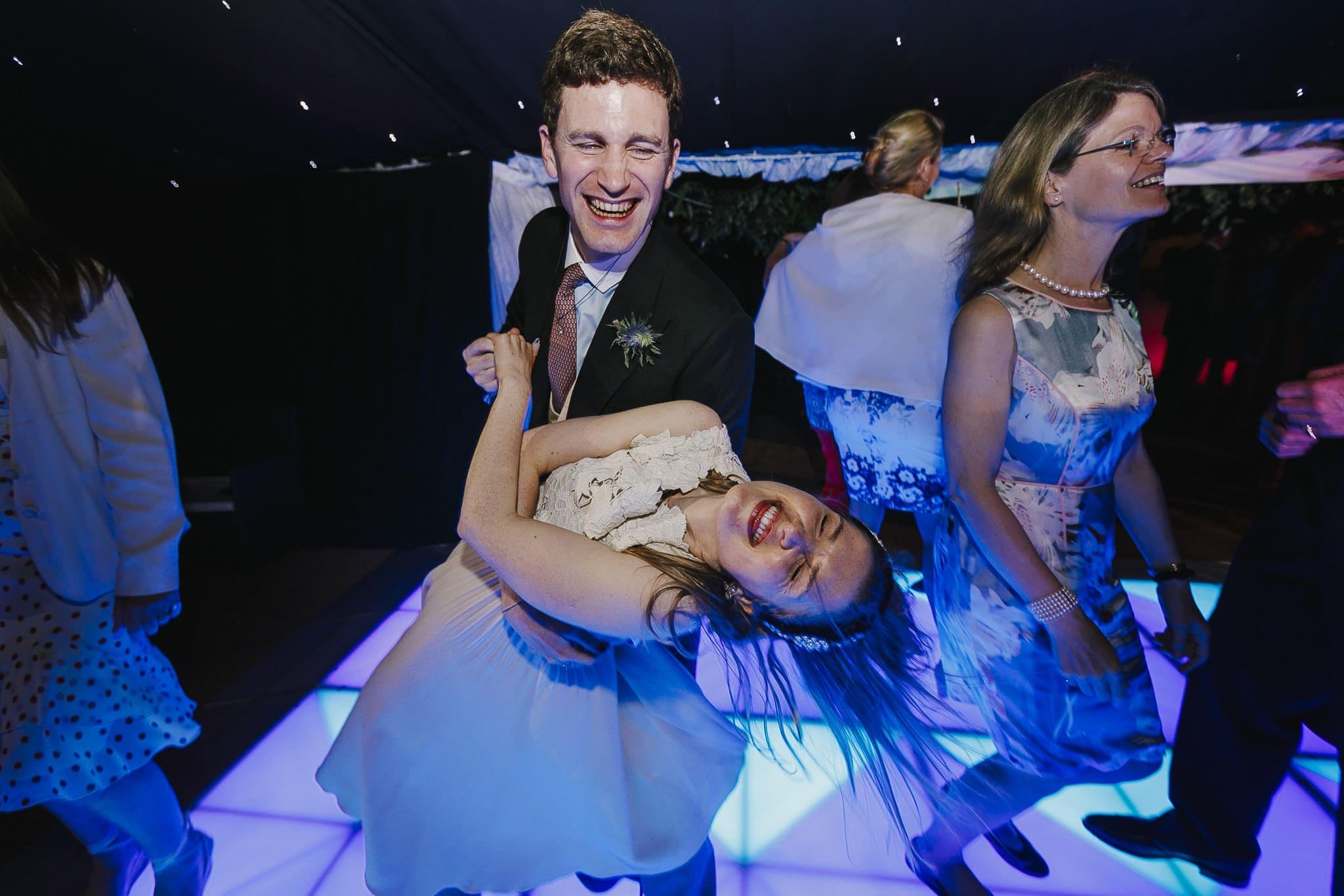 Fun wedding photogaphy