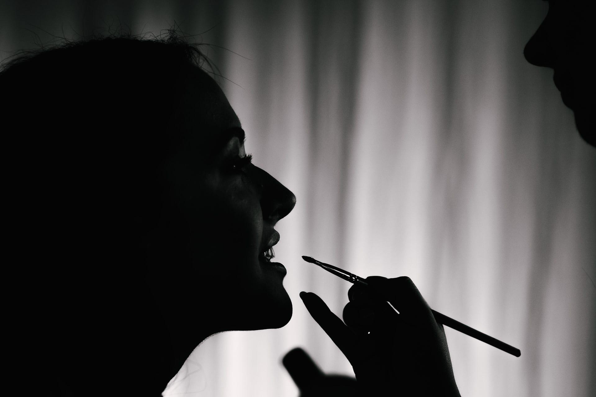 Creative wedding photographer makeup silhouette